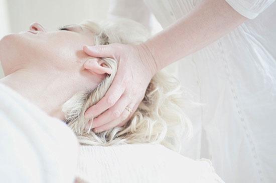 les-sens-de-nelumbo-massage-tete